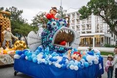 Рыба и барон Мюнхгаузен из шаров