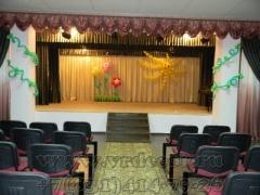 Оформление шарами сцены на детский праздник