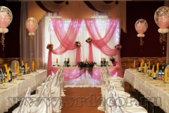 Оформление свадеб тканью в розовом цвете