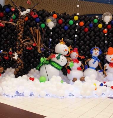 Новогоднее оформление из воздушных шаров