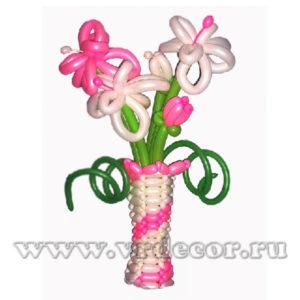 Ваза с цветами из воздушных шаров