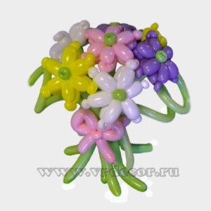 Букет весенних цветов из воздушных шаров