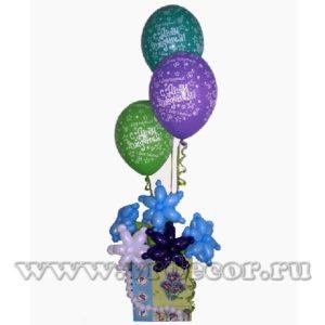 Цветочная композиция с шарами с гелием