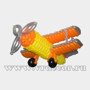 Самолет из воздушных шаро